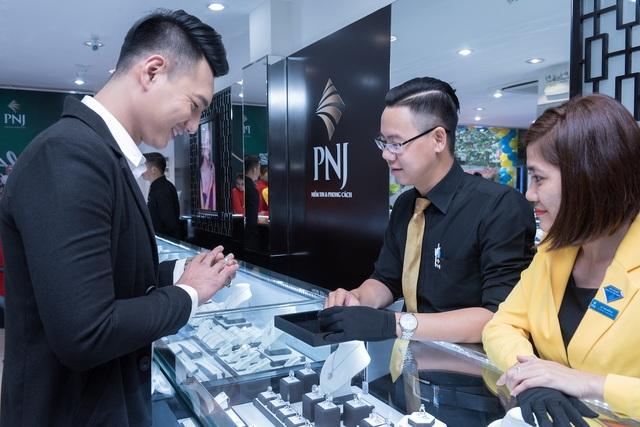 Sự bứt phá thần tốc đang hiện hữu ở Công ty Cổ phần Vàng Bạc Đá Qúy Phú Nhuận – PNJ.