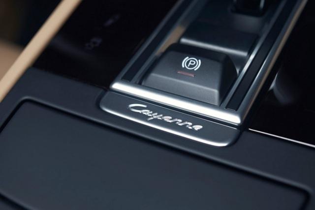 Porsche Cayenne thế hệ mới lộ diện trước giờ G - 14