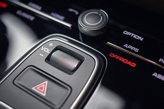 Porsche Cayenne thế hệ mới lộ diện trước giờ G - 16