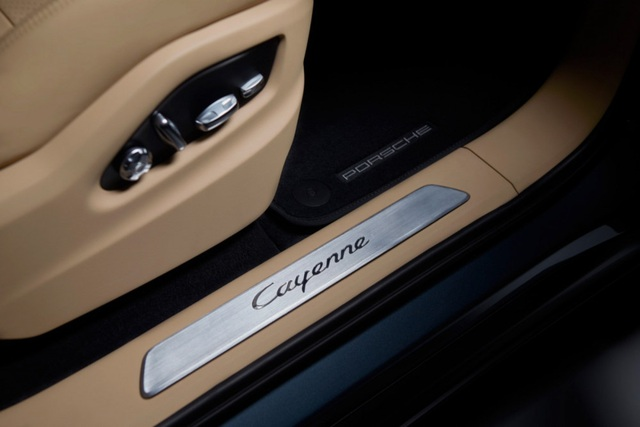 Porsche Cayenne thế hệ mới lộ diện trước giờ G - 20