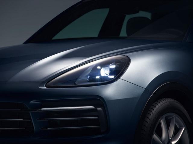 Porsche Cayenne thế hệ mới lộ diện trước giờ G - 3