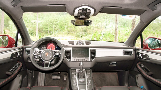 Porsche Macan GTS mới có gì để tự hào? - 12