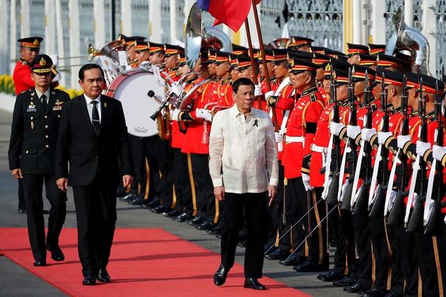 Tổng thống Duterte và Thủ tướng Prayut. (Ảnh: ABS-CBN News)