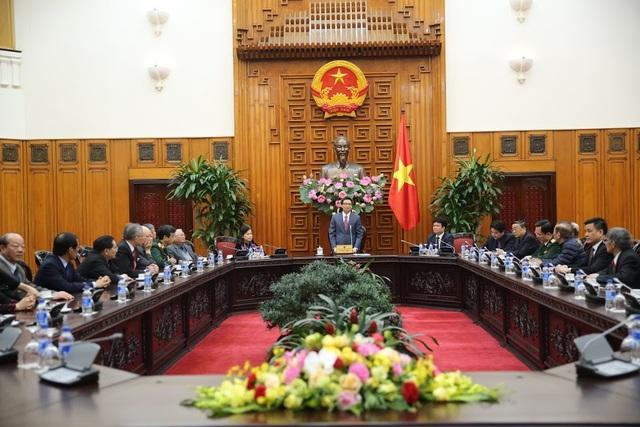 Toàn cảnh cuộc gặp mặt các lãnh đạo và cựu lãnh đạo ngành Y tại Văn phòng Chính phủ