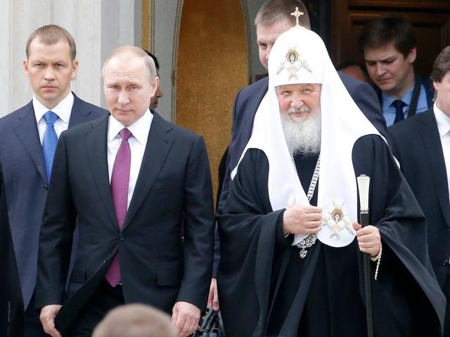Lịch làm việc của ông Putin khá linh hoạt vào cuối tuần để ông có thể học thêm tiếng Anh. (Ảnh: Reuters)