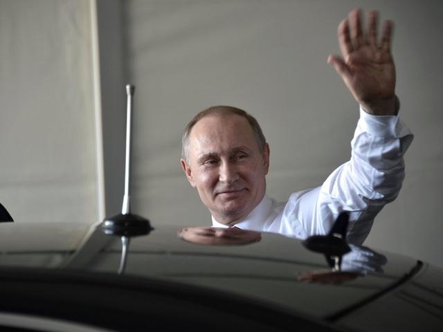 Newsweek cho biết ông Putin thích ở gần nhà, không thích di chuyển lên thủ đô Moscow dù chỉ mất 25 phút đi xe. Ông được cho là cũng thích sống tại khu phức hợp Novo-Ogaryovo trên bờ Biển Đen hơn là điện Kremlin (Ảnh: Reuters)