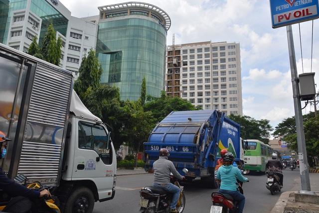 Hình ảnh thường thấy ở khu vực gần sân bay Tân Sơn Nhất