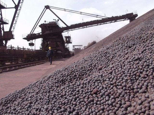 Theo các chuyên gia, hiện nhu cầu tiêu thụ quặng sắt trong nước không lớn, trong khi nguồn cung trên thế giới gia tăng mạnh mẽ.