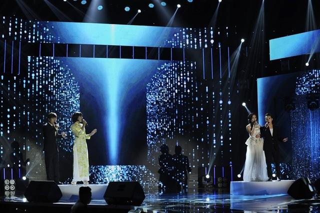 Cả 4 giọng hát đều nhận được nhiều lời khen cũng như góp ý từ các huấn luyện viên.
