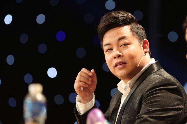 Ca sĩ Quang Lê cho biết, anh bị thuyết phục khi Hồng Yến xuống câu nam ai ngọt ngào.