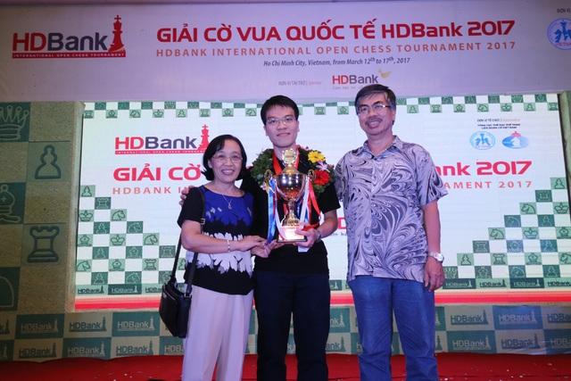 Lê Quang Liêm độc chiếm ngôi vô địch bảng kiện tướng