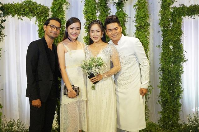 Vợ chồng diễn viên Huỳnh Đông - Á Châu