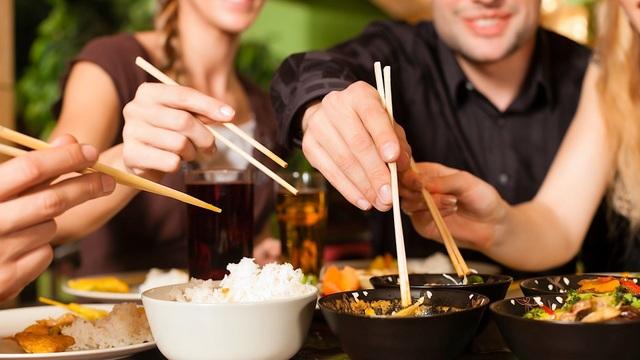 Những quy tắc trên bàn ăn của người Nhật - 3