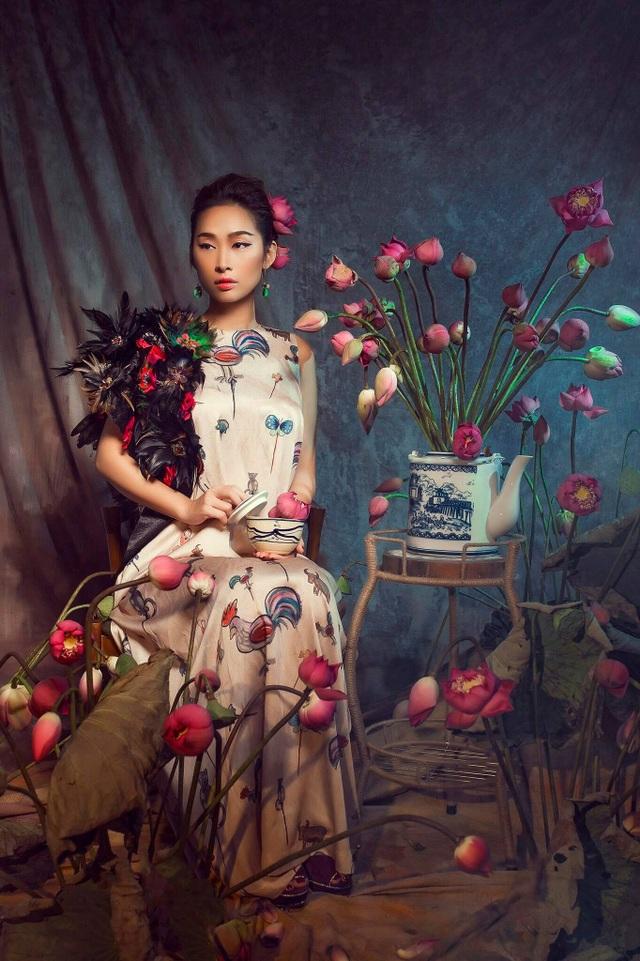 Miss Quỳnh Thy tung ảnh ấn tượng bên hoa sen ngày 8/3 - 10