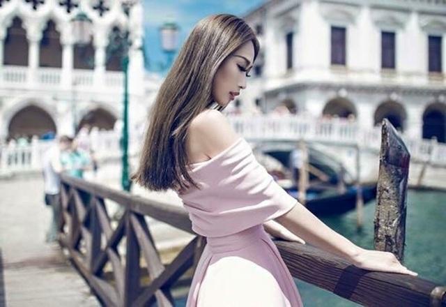 Quỳnh Thy cho rằng: Hãy cứ là công chúa, hãy cứ yêu tử tế, bạn sẽ tìm được hoàng tử của đời mình.