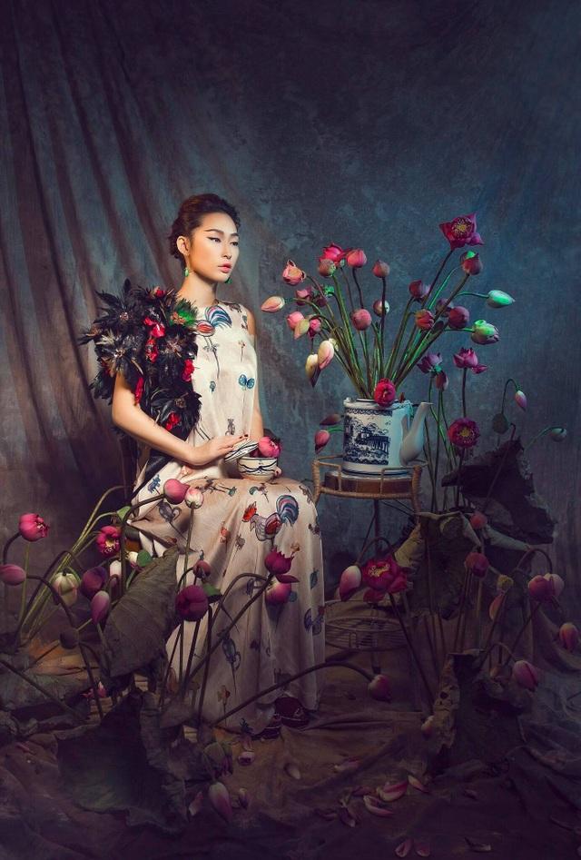 Miss Quỳnh Thy tung ảnh ấn tượng bên hoa sen ngày 8/3 - 9