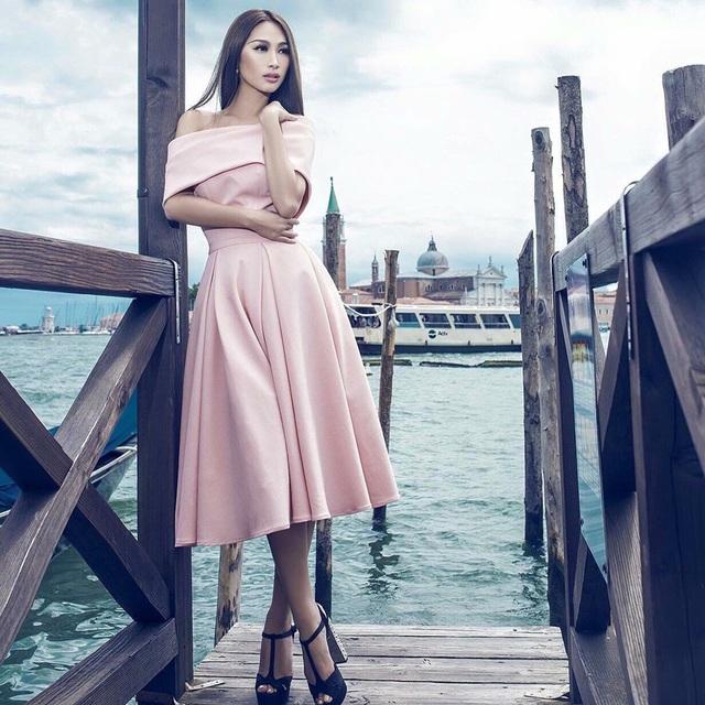 Quỳnh Thy - Hoa hậu Việt Nam Quốc tế tại Mỹ.