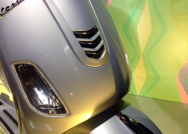 Piaggio ra mắt Vespa iGet LX 125 - 4