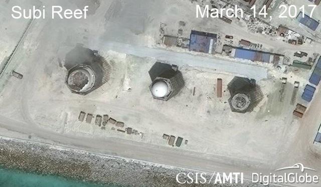 Ảnh vệ tinh ngày 14/3/2017 chụp hệ thống radar phi pháp của Trung Quốc trên đá Xu Bi thuộc quần đảo Trường Sa của Việt Nam (Ảnh: CSIS)