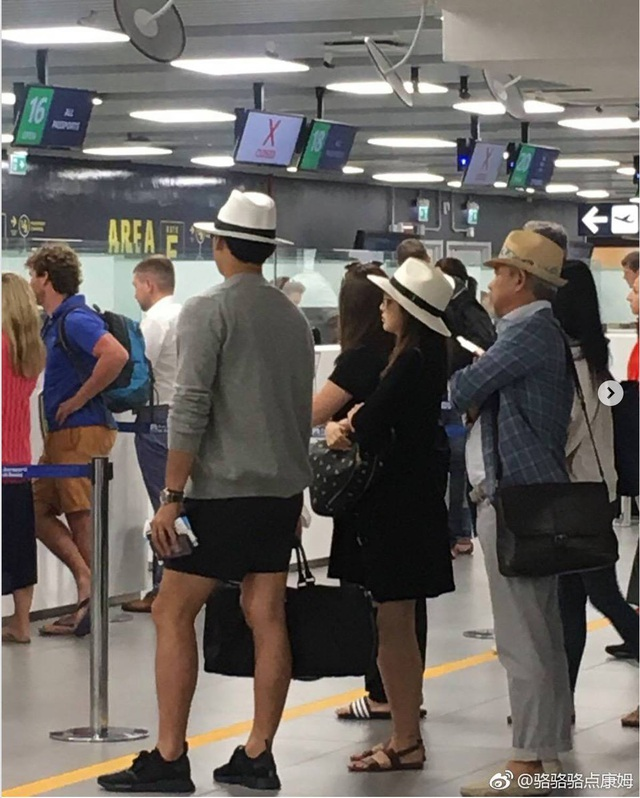 Vợ chồng Kim Tae Hee và Bi (rain) đi nghỉ tại Rome, Ý, tháng 8/2017.