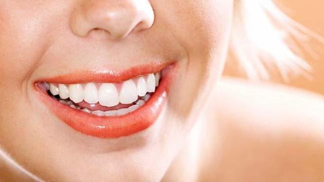 Phát hiện bệnh qua tình trạng răng miệng - 1