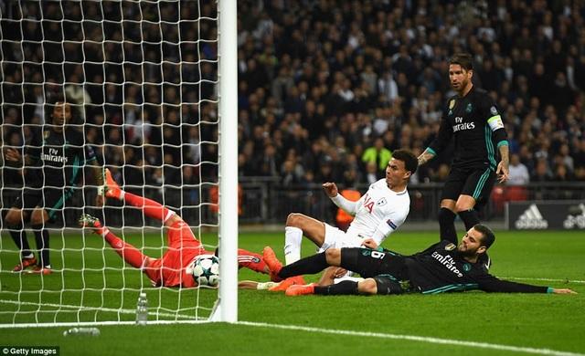 Alli tỏa sáng cú đúp vào lưới Real Madrid