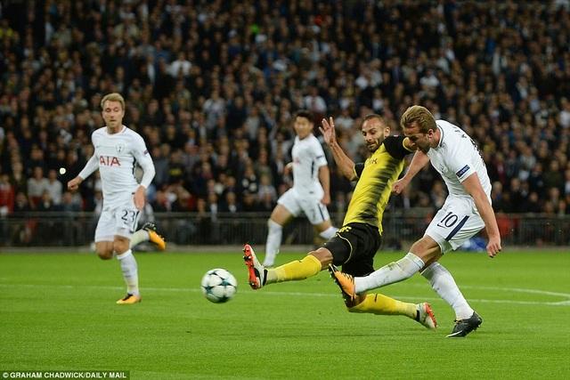 Kane lập cú đúp, giúp Tottenham đánh bại Dortmund 3-1
