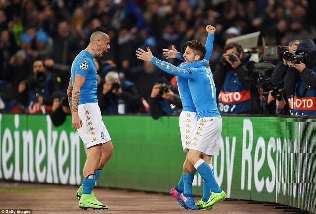 Giống như trận lượt didi, Napoli là đội có được bàn thắng dẫn trước