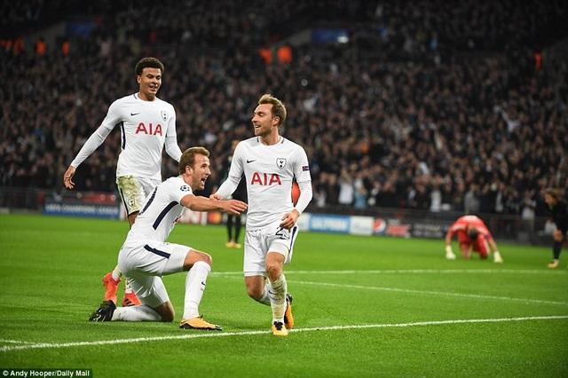 Lần đầu hạ Real Madrid, Tottenham có mặt ở vòng knock-out Champions League