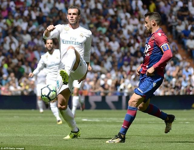 Bale gây thất vọng lớn khi Real Madrid bị Levante cầm hòa 1-1 tại La Liga