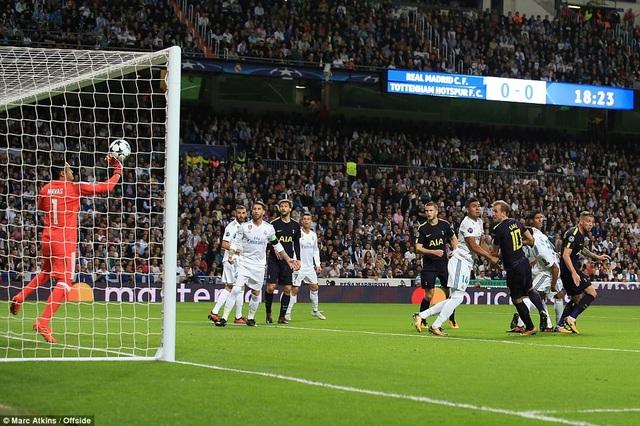 Tottenham đã hòa ở thế cửa trên với Real Madrid ở lượt đi tại Bernabeu