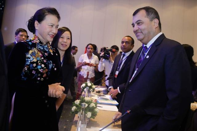 Chủ tịch Quốc hội Việt Nam Nguyễn Thị Kim Ngân và Chủ tịch IPU Saber Chowdhury đồng chủ trì hội nghị chuyên đề IPU khu vực châu Á-Thái Bình Dương lần này