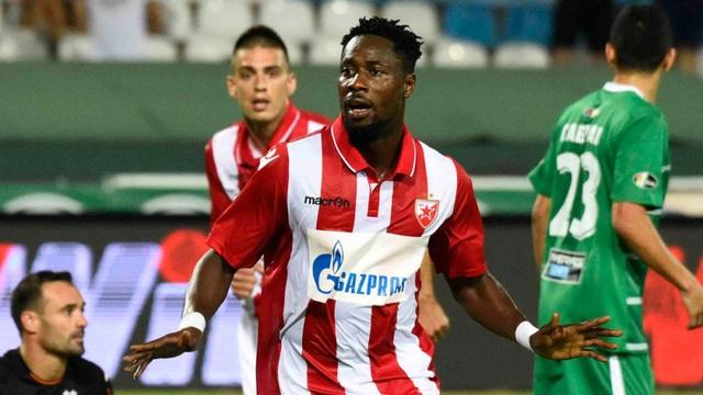 Richmond Boakye đã ghi 42 bàn cho Red Star Belgrade trong năm qua. Cầu thủ này đang nhận được sự săn đón của nhiều CLB ở Premier League như West Brom, Newcastle, Everton…