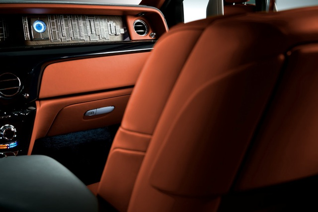 Rolls-Royce giới thiệu Phantom thế hệ mới - 17