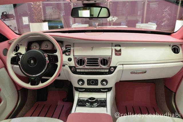 Xe Rolls-Royce màu hồng - Tại sao không? - 6
