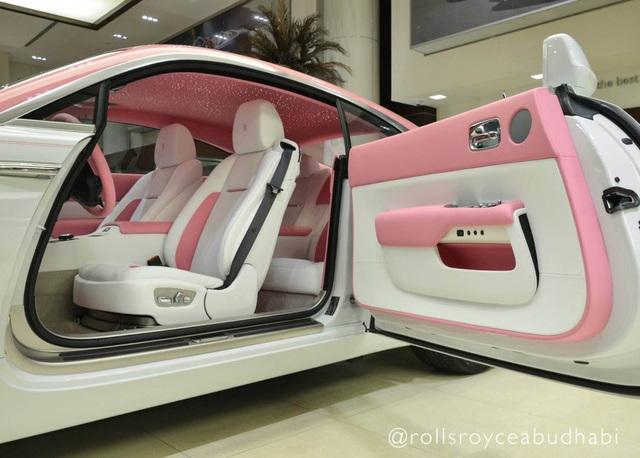 Xe Rolls-Royce màu hồng - Tại sao không? - 4