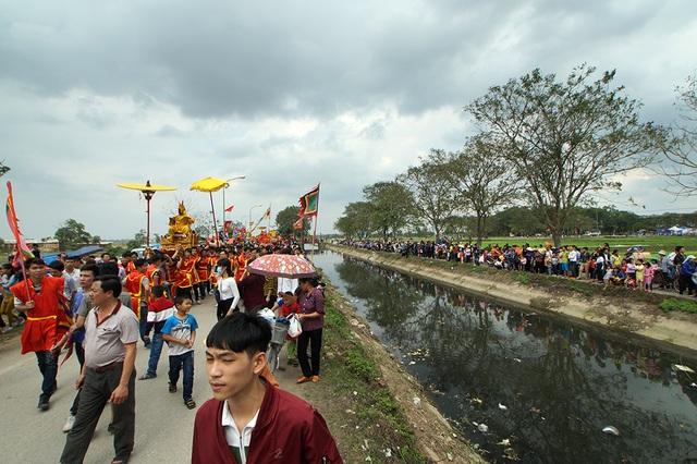 Lễ hội rước vua và chúa ở đền Sái luôn nhận được sự quan tâm của đông đảo người dân địa phương và du khách.
