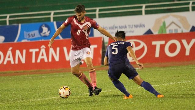 Sài Gòn FC dẫn trước đến 2 bàn nhưng vẫn thất bại chung cuộc (ảnh: Trọng Vũ)