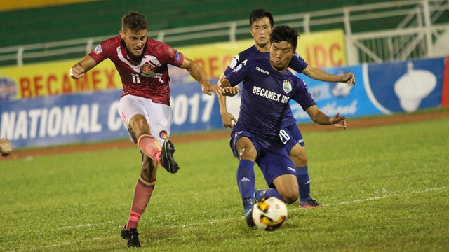 Cặp đấu giữa Sài Gòn FC và B.Bình Dương bất ngờ diễn ra đầy kịch tính (ảnh: Trọng Vũ)