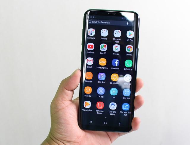 Đập hộp Galaxy S8+ chính hãng đầu tiên tại Việt Nam - 12