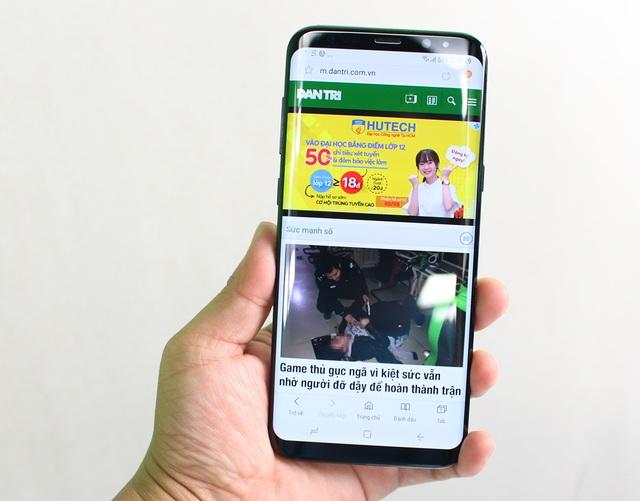 Đập hộp Galaxy S8+ chính hãng đầu tiên tại Việt Nam - 4