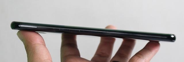 Đập hộp Galaxy S8+ chính hãng đầu tiên tại Việt Nam - 8