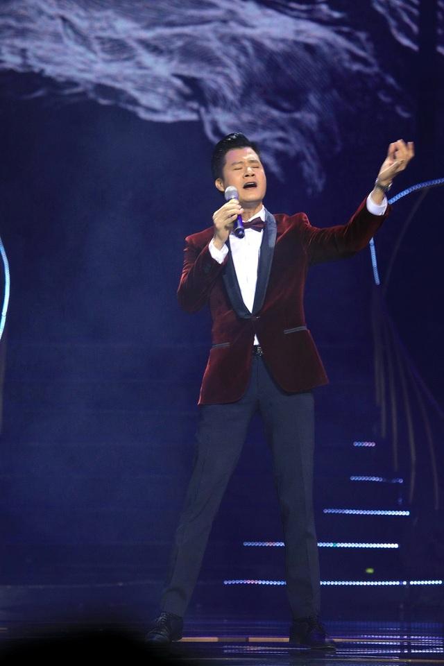 """Quang Dũng solo hai ca khúc """"Bài không tên cuối cùng"""" và """"Niềm khúc cuối."""