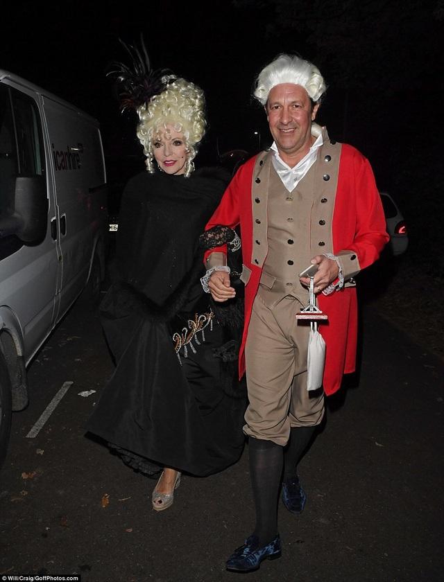 Ngôi sao 84 tuổi, Joan biến mình thành nữ bá tước Madame du Barry.