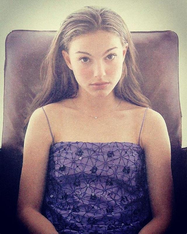 """Nữ hoàng Padmé Amidala trong """"Chiến tranh giữa các vì sao""""- Natalie Portman với vẻ đẹp quyến rũ từ khi còn là một thiếu nữ."""