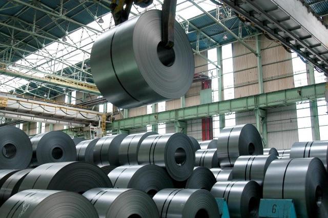 Giá sắt thép nhập khẩu qua 1 năm tăng khá mạnh khoảng 200 USD mỗi tấn