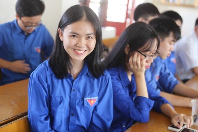 Lớp chuyên Anh Nghệ An toàn là nữ sinh xinh đẹp - 7