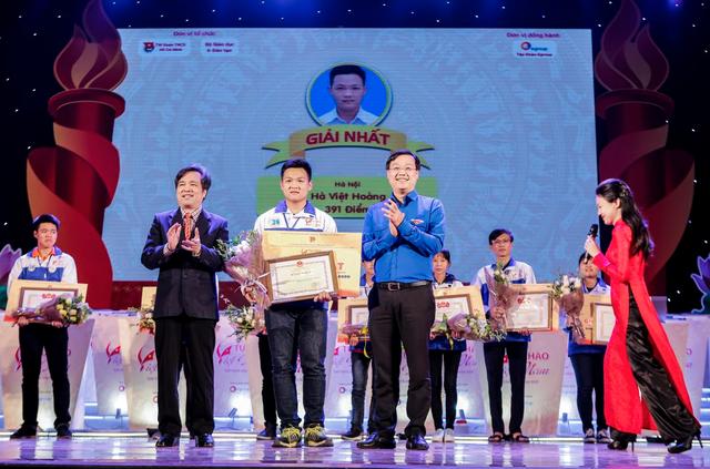 Thí sinh Olympia vô địch cuộc thi Tự hào Việt Nam 2017 - 1