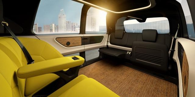 Volkswagen trình làng mẫu xe tự lái hoàn toàn đầu tiên - 8