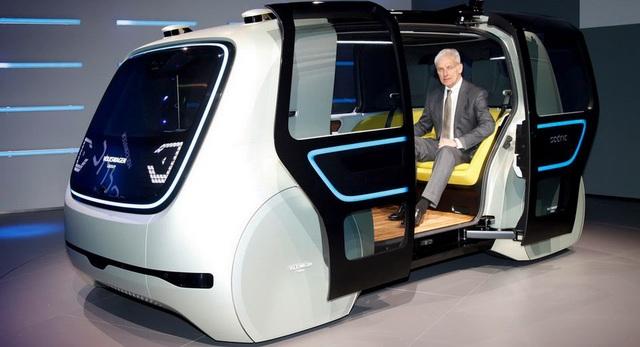 Volkswagen trình làng mẫu xe tự lái hoàn toàn đầu tiên - 1